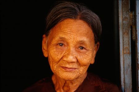 Portrait of an old woman in Hoi An, Vietnam, 2000